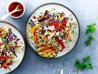 Couscous met gegrilde groenten, feta en harissadressing